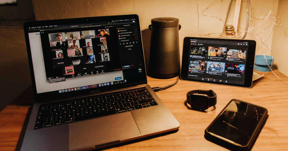 Top 5 Group Video Calling Apps for Desktop, Mobile, and Web