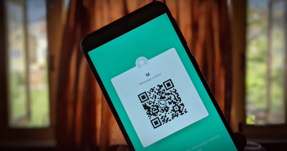 How to Use WhatsApp QR Codes to Add Contacts